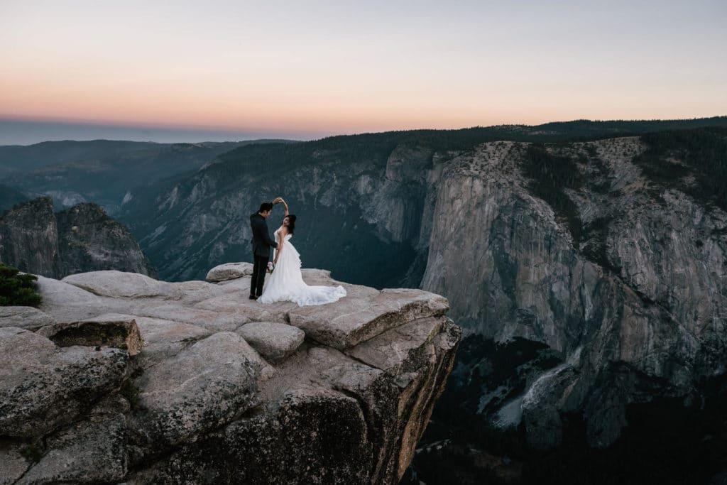 Taft Point Elopement Yosemite 11 1 1024x683