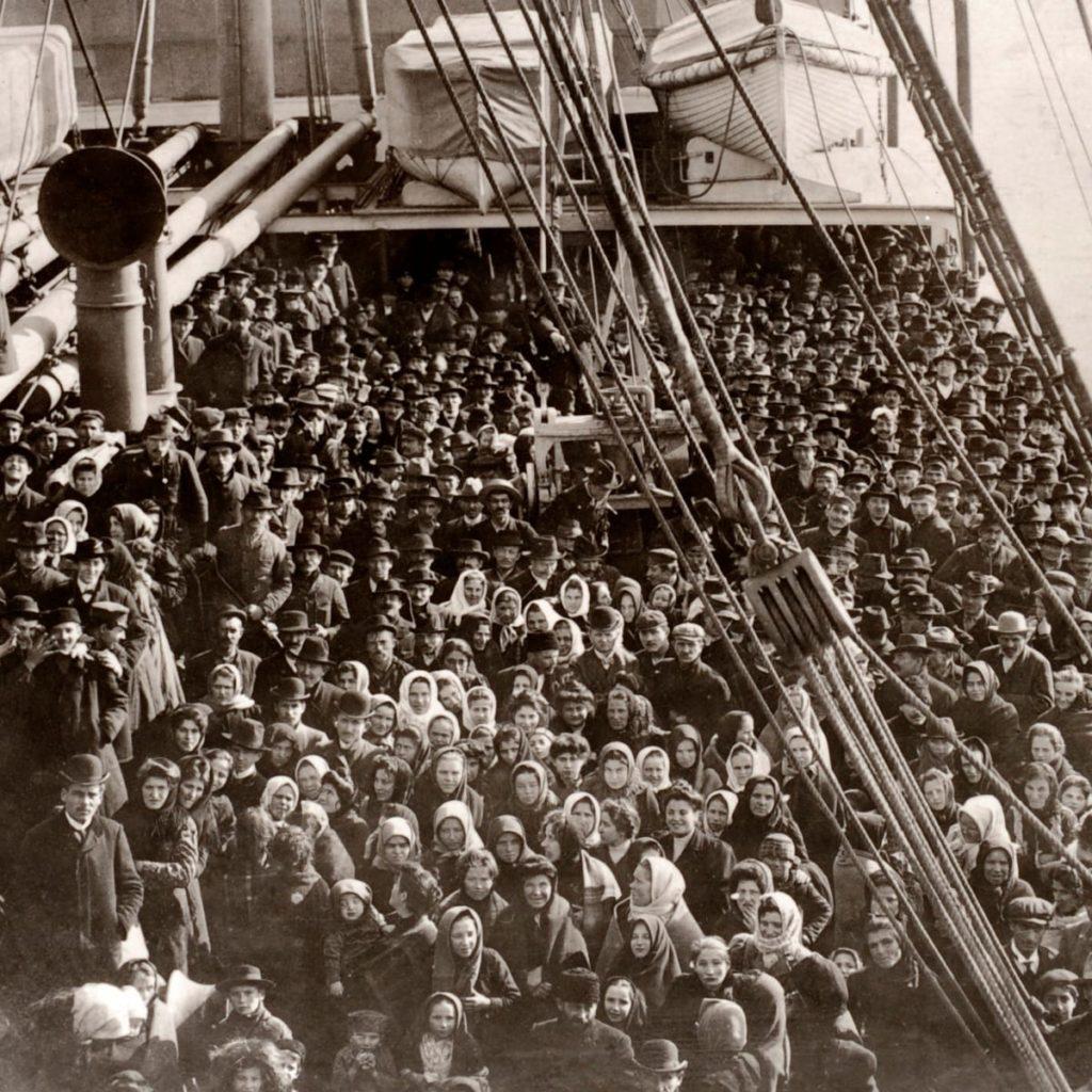 Immigration Ellis Island Social 151182564 1024x1024